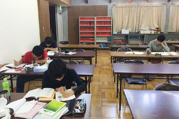 大町学習室(希望制)【高3】